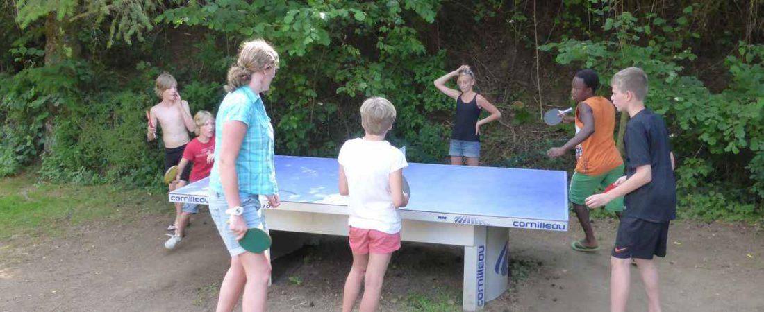 air de jeu camping chantegril pinp pong