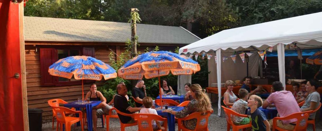 terrasse Camping Chantegril